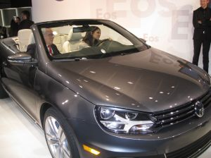 2011 EOS Launch Party 6