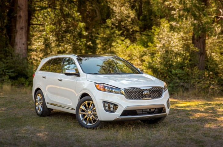 2016 Kia Sorento Photo Credit: Kia Motors