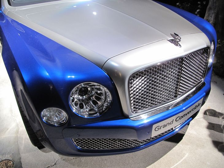 Bentley Grand Convertible Concept Car: Signature Mulsanne Grill