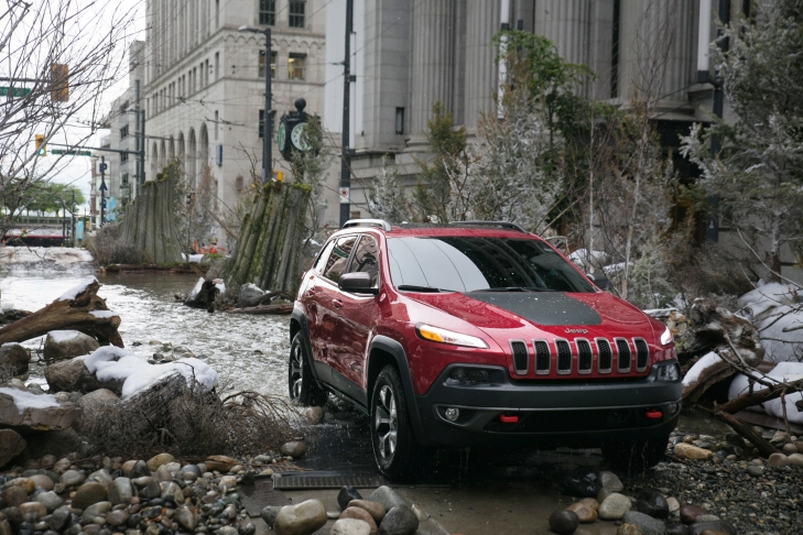 Jeep Cherokee 'River in the City' Ad Photo Credit: Chrysler Group Media