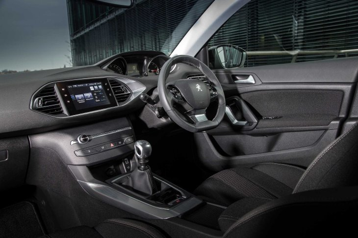 Peugeot 308 Interior  Photo Courtesy of Peugeotpress.co.uk