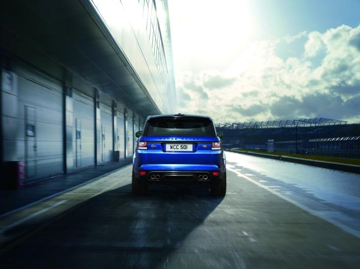 Range Rover SVR 6